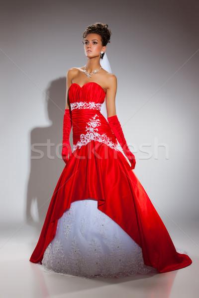 Jóvenes novia mujer hermosa vestido de novia mujeres diseno Foto stock © user_9834712