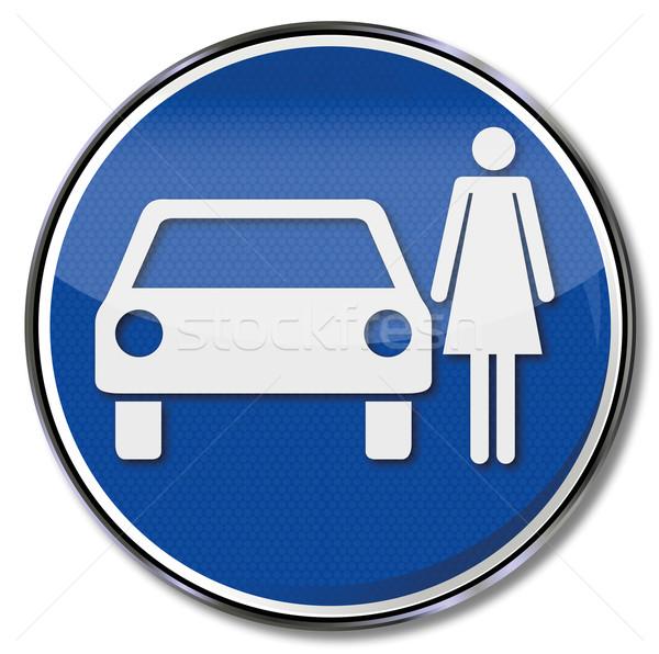 Közlekedési tábla parkolás nők út gyermek biztonság Stock fotó © Ustofre9