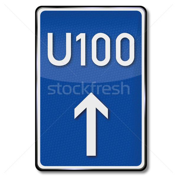 Közlekedési tábla kerülőút út felirat forgalom feliratok Stock fotó © Ustofre9