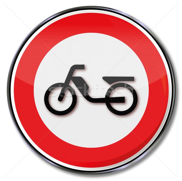 Közlekedési tábla mopedek utca forgalom feliratok gép Stock fotó © Ustofre9