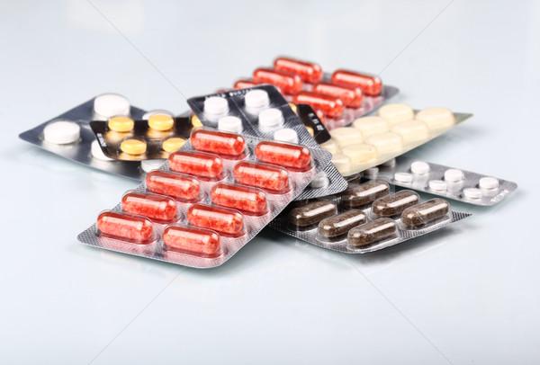 медицинской таблетки врач медицина науки помочь Сток-фото © vadimmmus