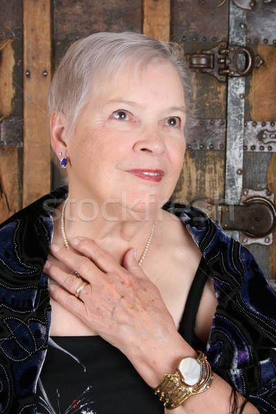 элегантный женщины антикварная ювелирных жемчуга Сток-фото © vanessavr