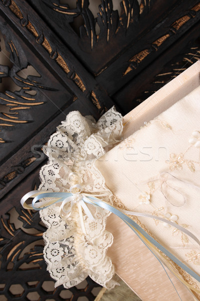 Kutu jartiyer krem renkli takı Stok fotoğraf © vanessavr