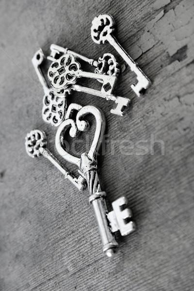 Miniatura klucze antyczne powierzchnia tekstury Zdjęcia stock © vanessavr