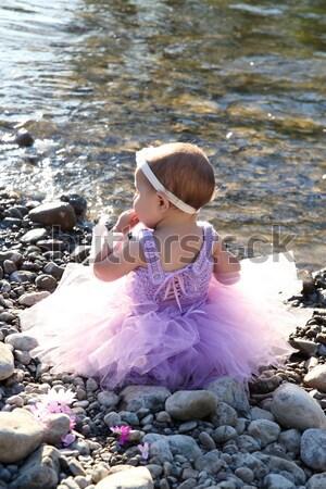 Открытый девушки девочку играет мелкий потока Сток-фото © vanessavr