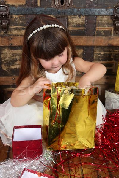 Рождества девушки девочку платье открытие подарки Сток-фото © vanessavr