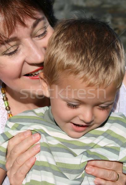 Babcia wnuk gry plaży kobieta miłości Zdjęcia stock © vanessavr