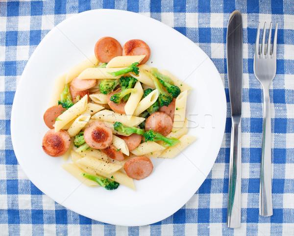 Tészta tyúk kolbász brokkoli tányér fehér Stock fotó © vankad