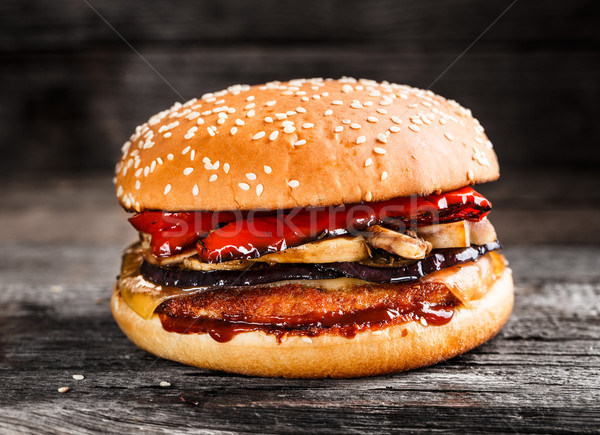 Stock photo: Burger with chicken patty and vegetables