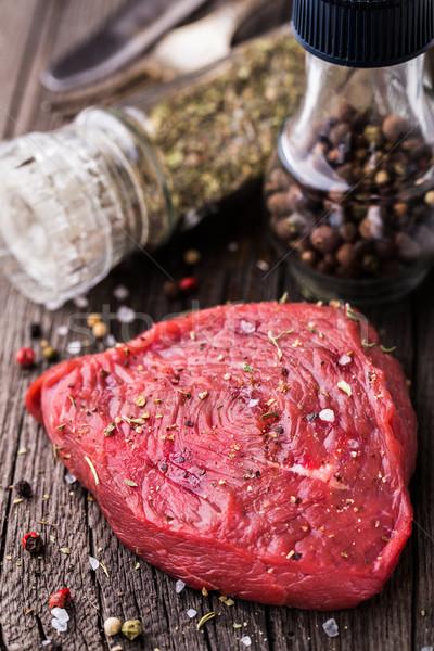 Befsztyk surowy przyprawy żywności krowy Zdjęcia stock © vankad