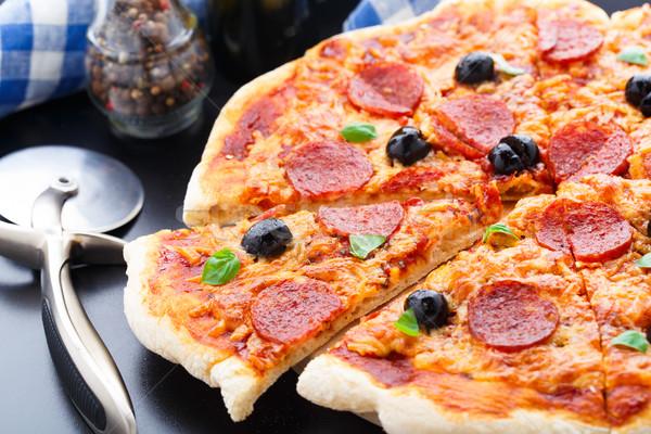 ペパロニ ピザ オリーブ 黒 表 ストックフォト © vankad