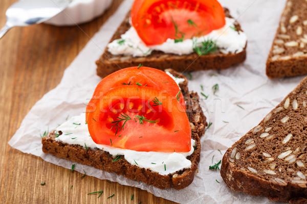 Sandviç krem peynir domates ekmek gıda Stok fotoğraf © vankad
