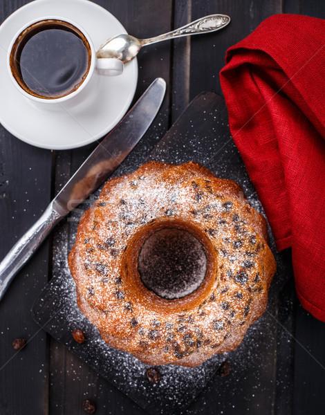 Сток-фото: торт · изюм · черный · хлеб · ножом