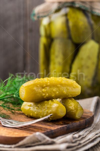 Ogórki konserwowe domowej roboty mały szkła jedzenie Zdjęcia stock © vankad