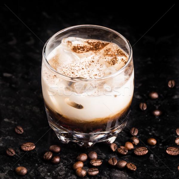 Beyaz rus kahve çekirdekleri tablo kokteyl mermer Stok fotoğraf © vankad