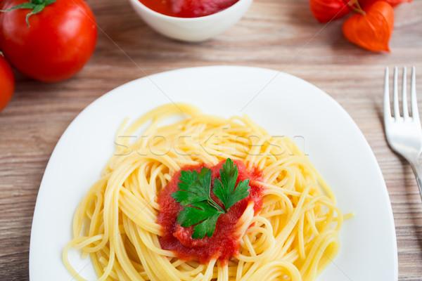 Spaghetti plaat tomatensaus voedsel restaurant diner Stockfoto © vankad