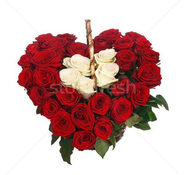Cuore bouquet rose rosse isolato bianco Foto d'archivio © vankad