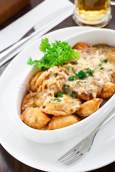 Cogumelo molho delicioso tigela comida carne Foto stock © vankad