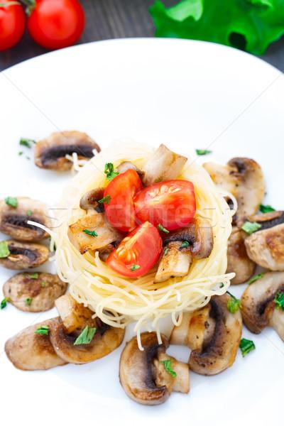 Pasta tomate cherry setas frito alimentos cena Foto stock © vankad