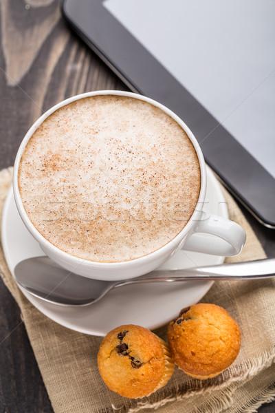 Cappuccino café muffins blanche tasse boire Photo stock © vankad