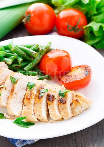 курица-гриль зеленая фасоль помидоров пластина куриные обеда Сток-фото © vankad