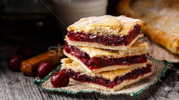 Domowej roboty pie nadziewany wiśni słodkie Zdjęcia stock © vankad