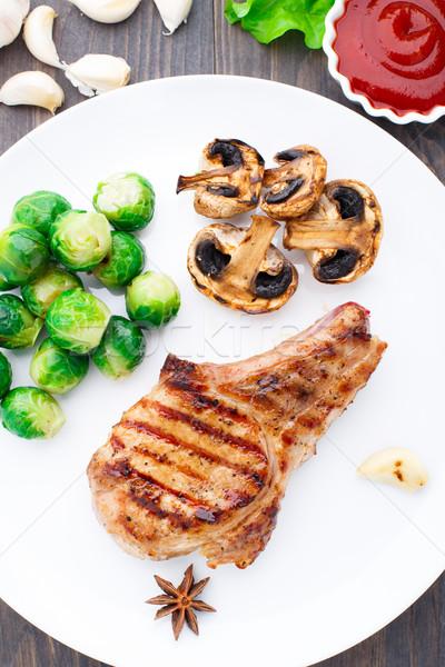 Grillezett disznóhús kotlett Brüsszel finom étel Stock fotó © vankad