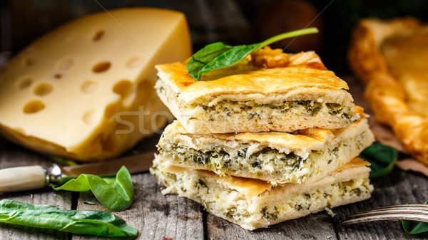 Fatto in casa torta ripieno formaggio spinaci Foto d'archivio © vankad