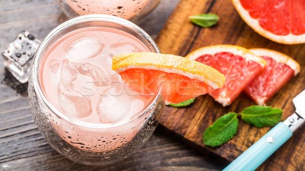 Grapefruit koktél üveg szelet fa asztal víz Stock fotó © vankad