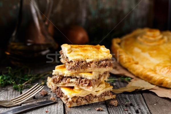 自家製 パイ 詰まった 牛肉 ハーブ ストックフォト © vankad