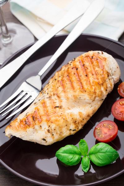 Stockfoto: Gegrilde · kip · borsten · plaat · voedsel · diner · tomaat