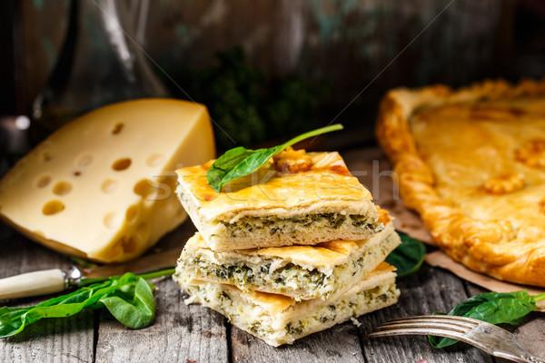 Domowej roboty pie nadziewany ser szpinak Zdjęcia stock © vankad