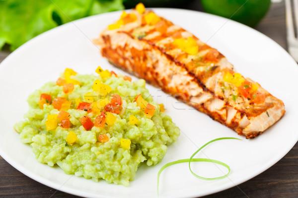 Kremowy awokado ryżu grillowany łososia tablicy Zdjęcia stock © vankad