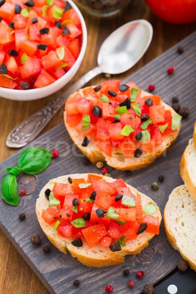 Italien bruschetta tomates basilic olives alimentaire Photo stock © vankad