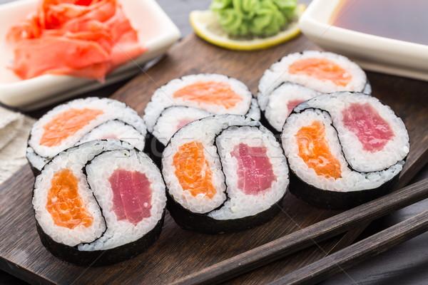 Yin yang tonhal lazac fa deszka étel szusi Stock fotó © vankad