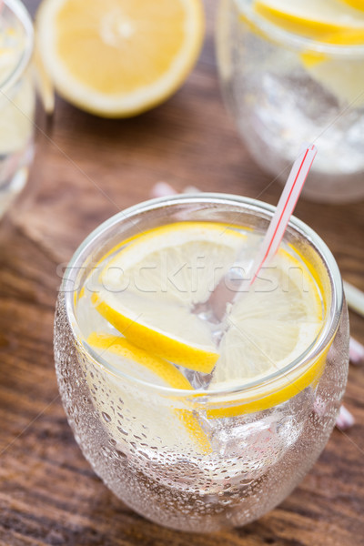 холодно свежие лимонад стекла деревянный стол лет Сток-фото © vankad