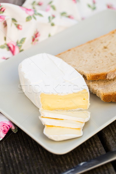 Camembert kaas plaat brood diner Stockfoto © vankad