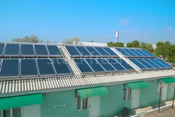 Foto stock: Sistema · solar · telhado · solar · água · aquecimento · vermelho