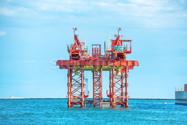 Olaj fúrás vágány offshore tenger égbolt Stock fotó © vapi