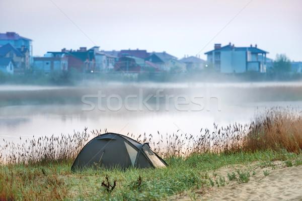 緑 テント 川 午前 霧 水 ストックフォト © vapi