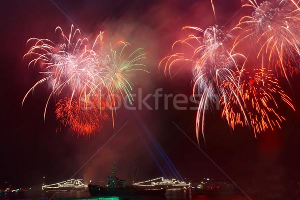 Fuochi d'artificio sopra acqua lavoro abstract luce Foto d'archivio © vapi