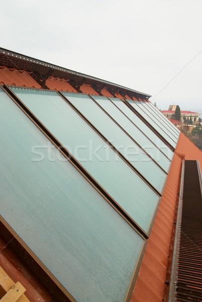 太陽 水 加熱 赤 家 屋根 ストックフォト © vapi