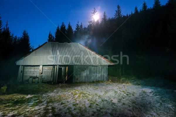 Oude huis bos nacht maan licht sterren Stockfoto © vapi