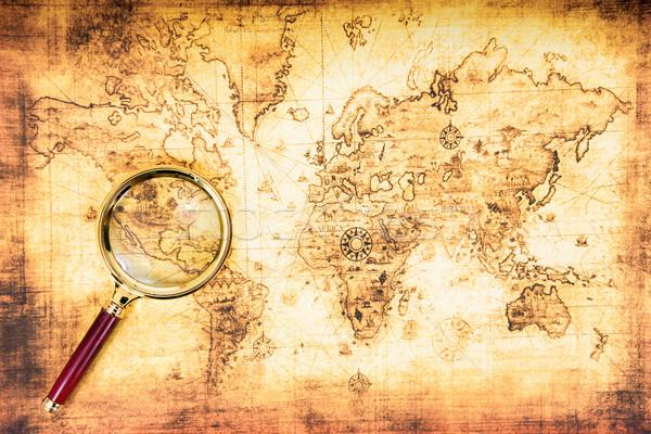 Oude kaart vergrootglas vintage reizen textuur wereldbol Stockfoto © vapi