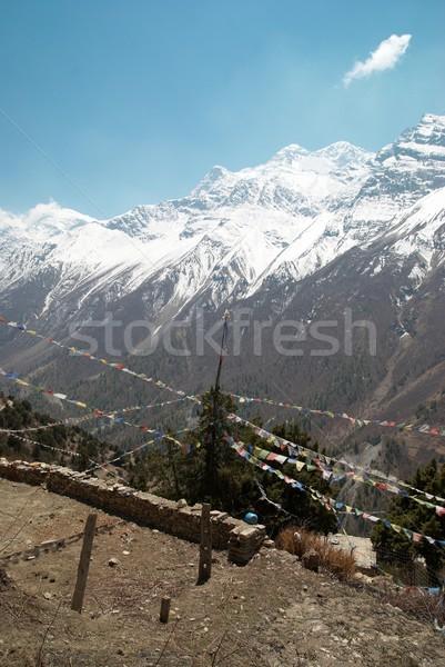 Stok fotoğraf: Budist · dua · eden · bayraklar · dağlar · Nepal · yüksek