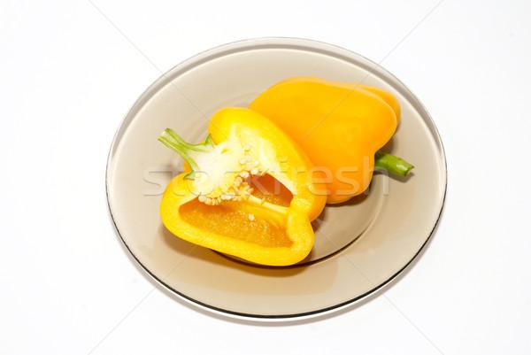 Citromsárga piros paprika tányér fehér eszik bors Stock fotó © vapi