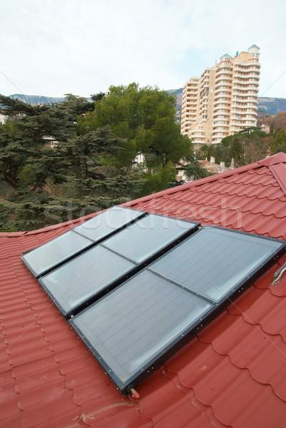 Kırmızı çatı iş teknoloji yeşil Stok fotoğraf © vapi