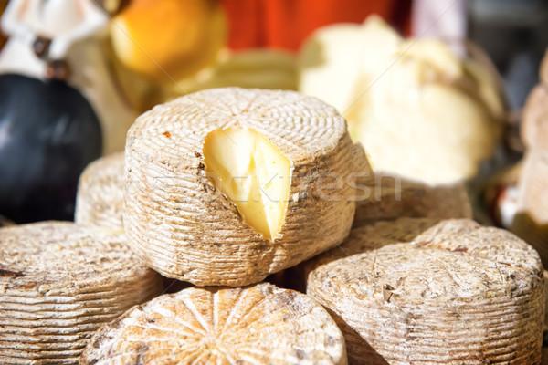Különböző sajt fából készült asztal étel fa Stock fotó © vapi