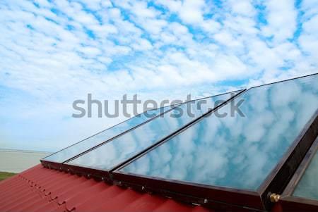 Alternativa energia sistema solar casa telhado negócio Foto stock © vapi