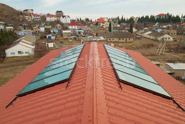 Zonne water verwarming Rood huis dak Stockfoto © vapi